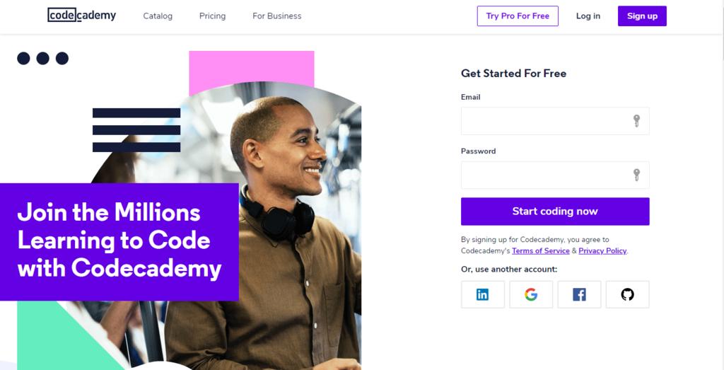 Page d'accueil de Codecademy pour un emploi à domicile